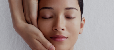 Clarins Relaxing Facial