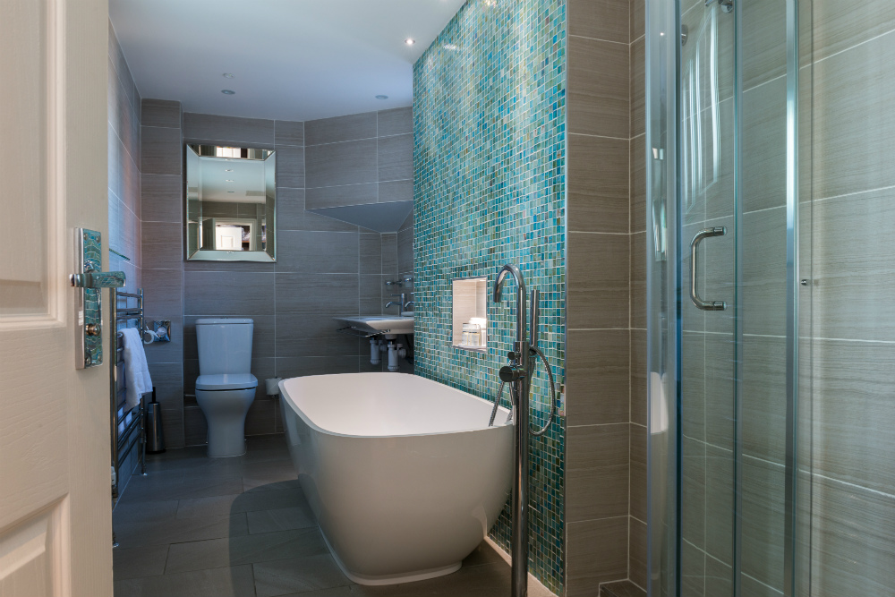 Superior Triple Bathroom at Ragdale hall